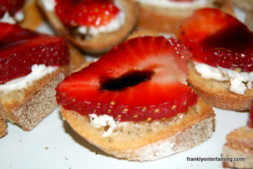 Strawberry Goat Cheese Bites - Frankly Entertaining