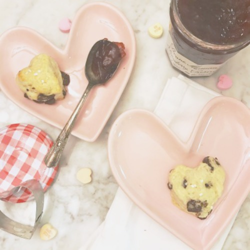 Chocolate Chunk Scones   Frankly Entertaining